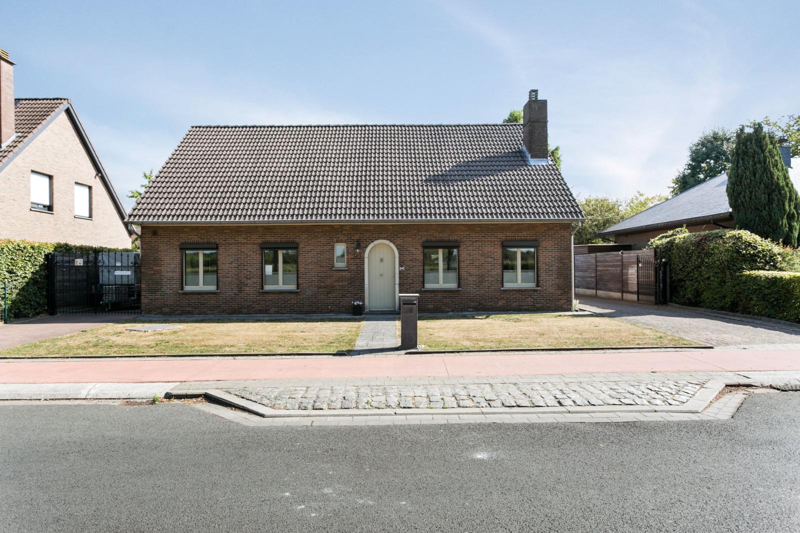 Villa Aartselaar (2630)